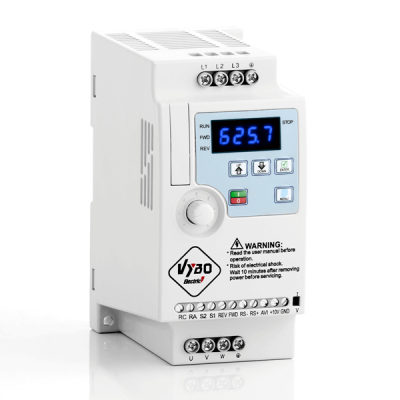 frekvenčný menič 1.1kw A550